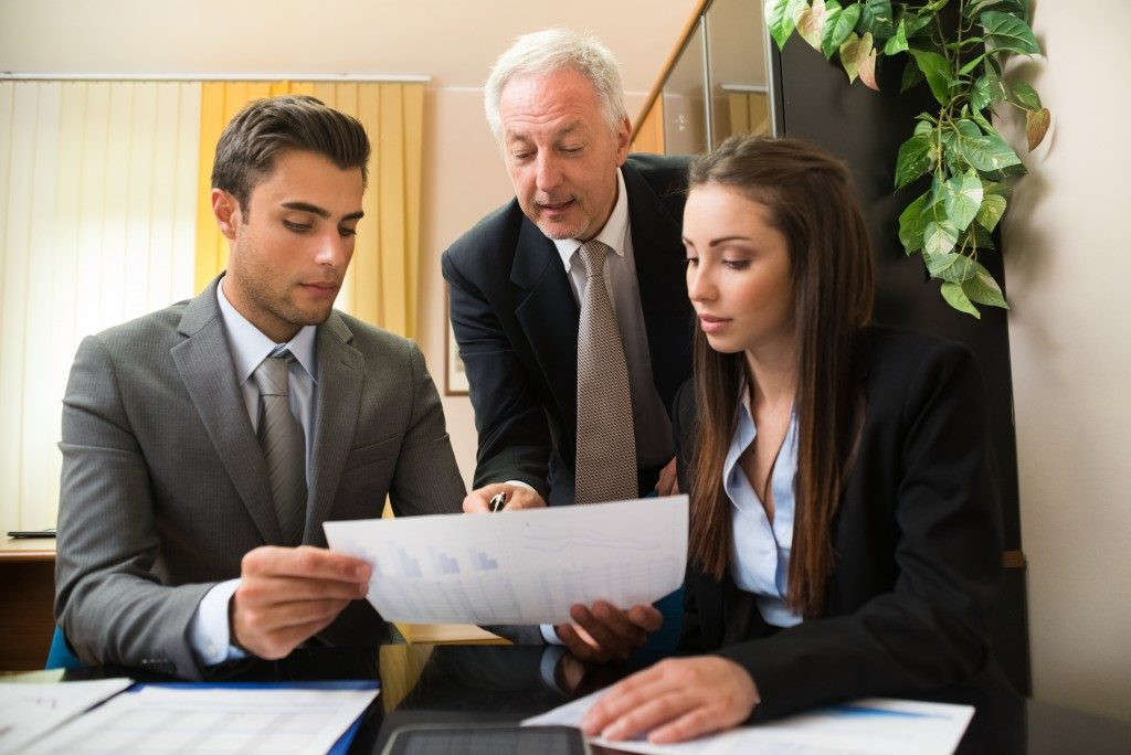 team of lenders brainstorming