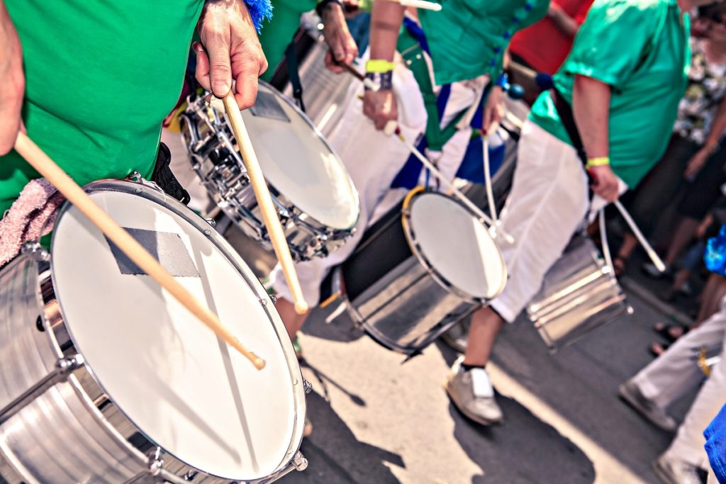 marching band playing the drums